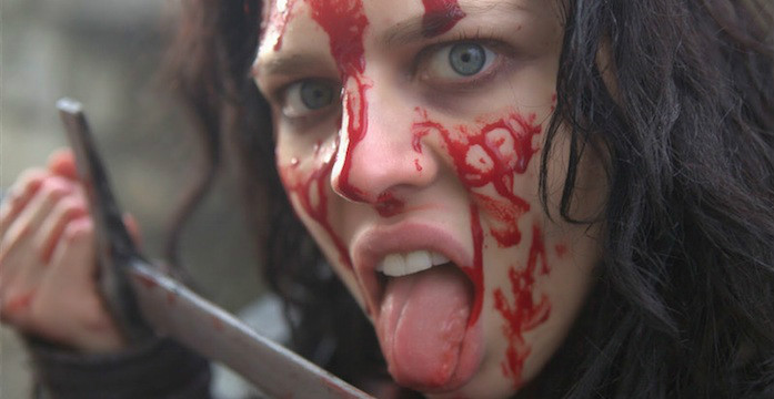 Ironclad 2 - Bis aufs Blut - Battle for Blood - Film - Twinnie Lee Moore bloody face