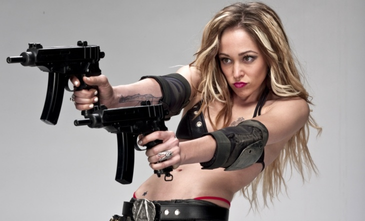 Smokin Aces 2: Blowback Autumn Reeser Film